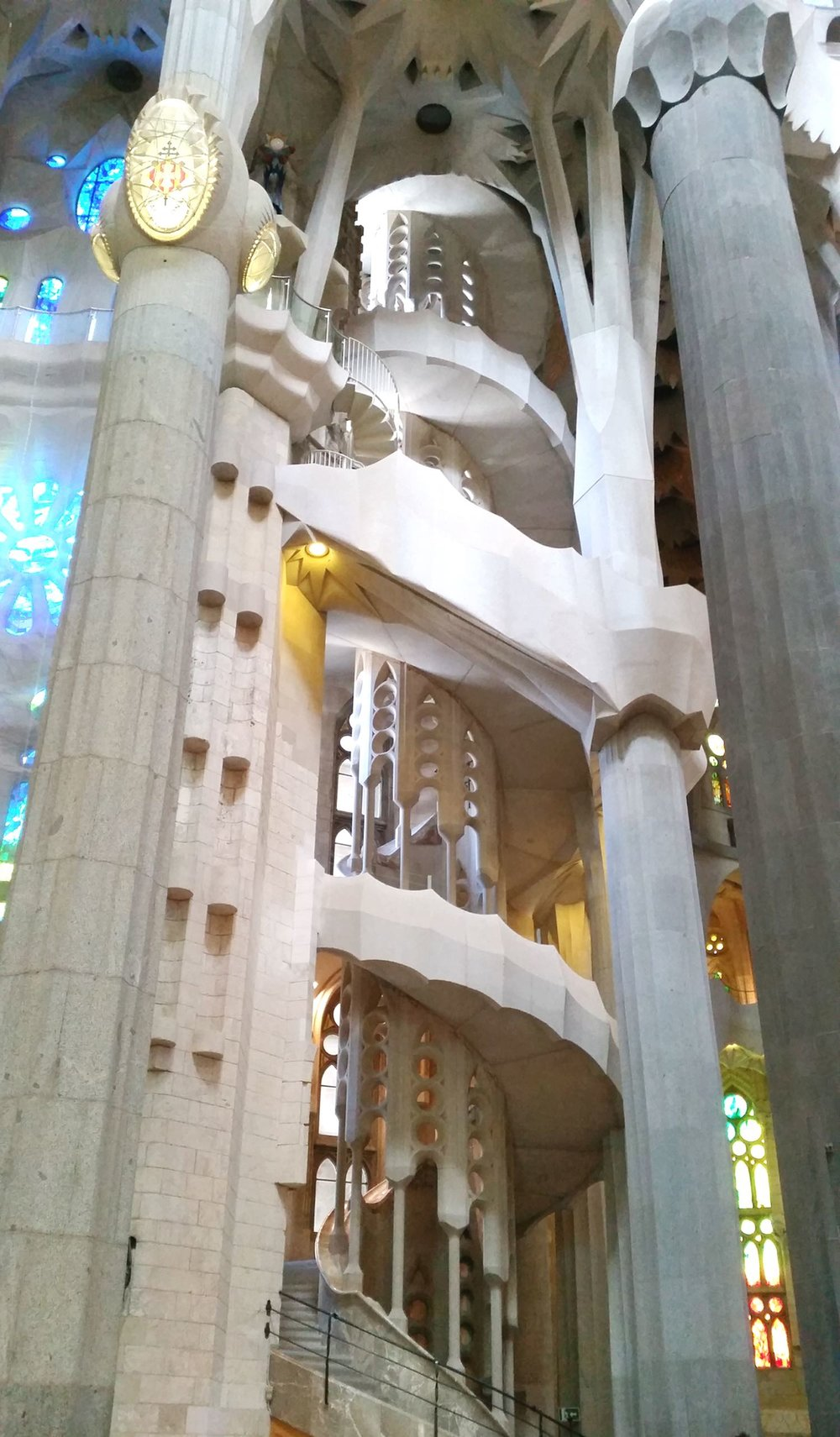 barcelona-spain-character-32-c32-globetrotter-sagrada-familia-inside-stairs