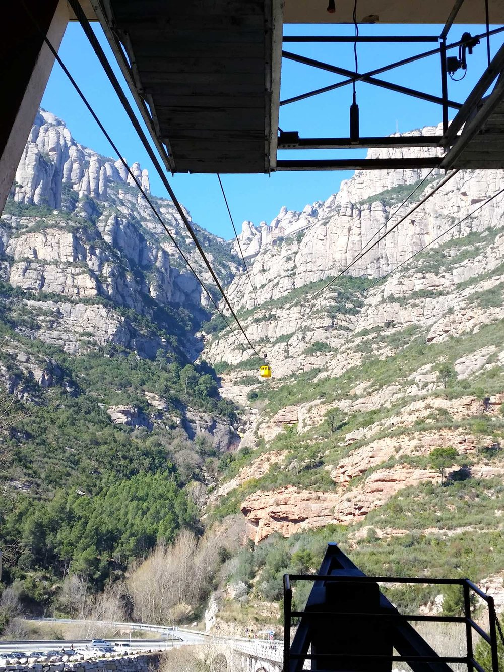 montserrat-catalonia-spain-character-32-c32-globetrotter-travel-cable-car-james-bond