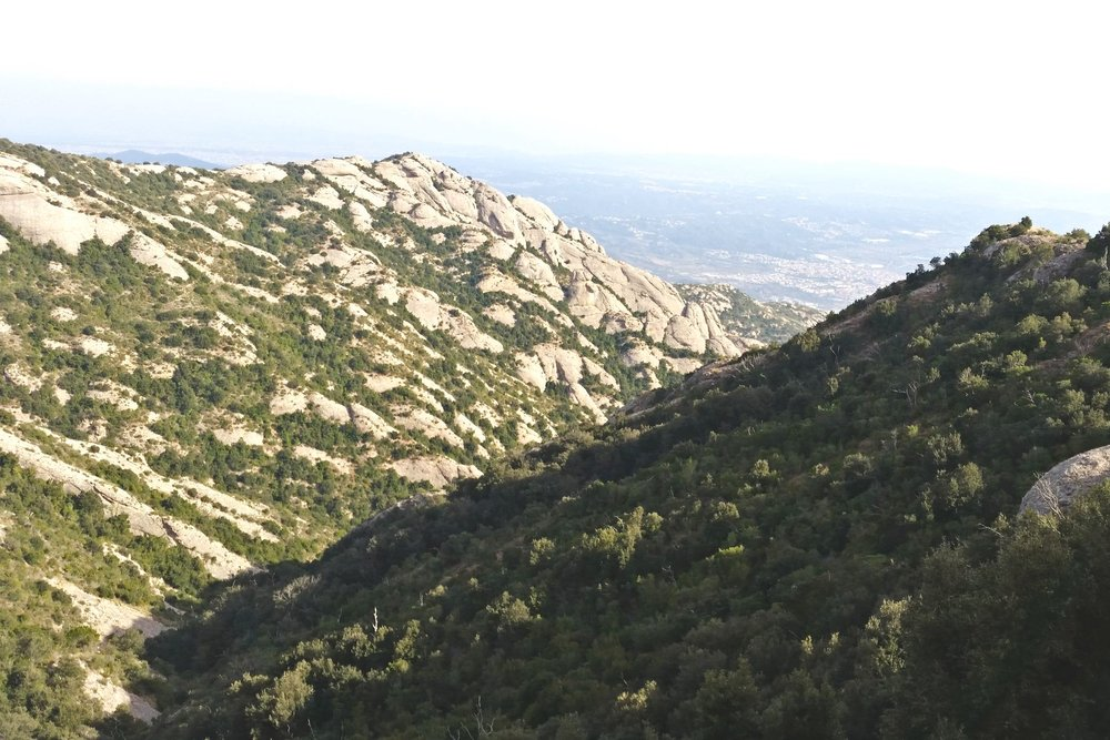 montserrat-catalonia-spain-character-32-c32-globetrotter-travel-catalunya-mountain-views-catalunya