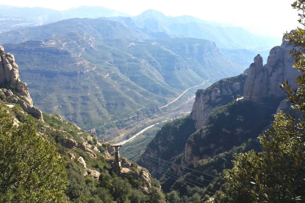 montserrat-catalonia-spain-character-32-c32-globetrotter-travel-mountain-views-catalunya