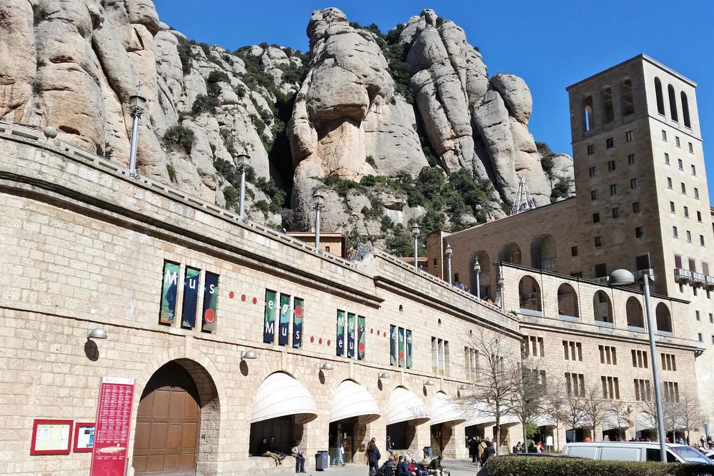 montserrat-catalonia-spain-character-32-c32-globetrotter-travel-museum-mountains