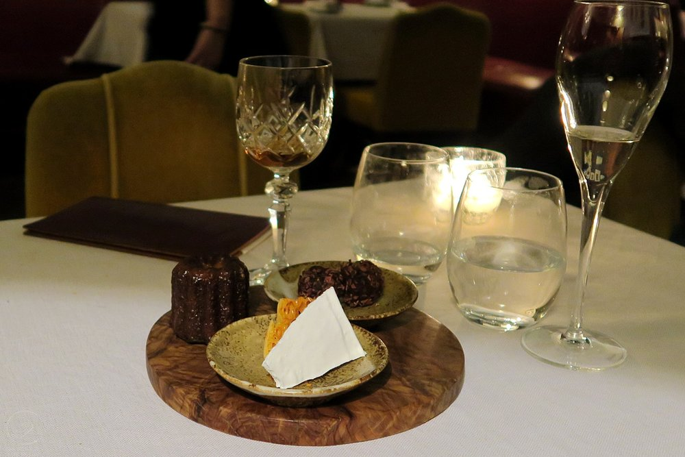 wild-honey-london-restaurant-drinks-food-menu-character-32-c32-globetrotter-travel