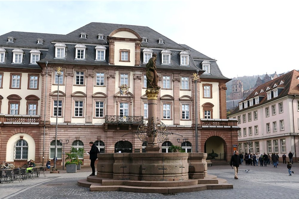 heidelberg-germany-character-32-globetrotter-c32-travel-old-town