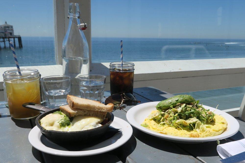 malibu-farm-pier-restaurant-cafe-california-character-32-c32-travel-america-usa-food