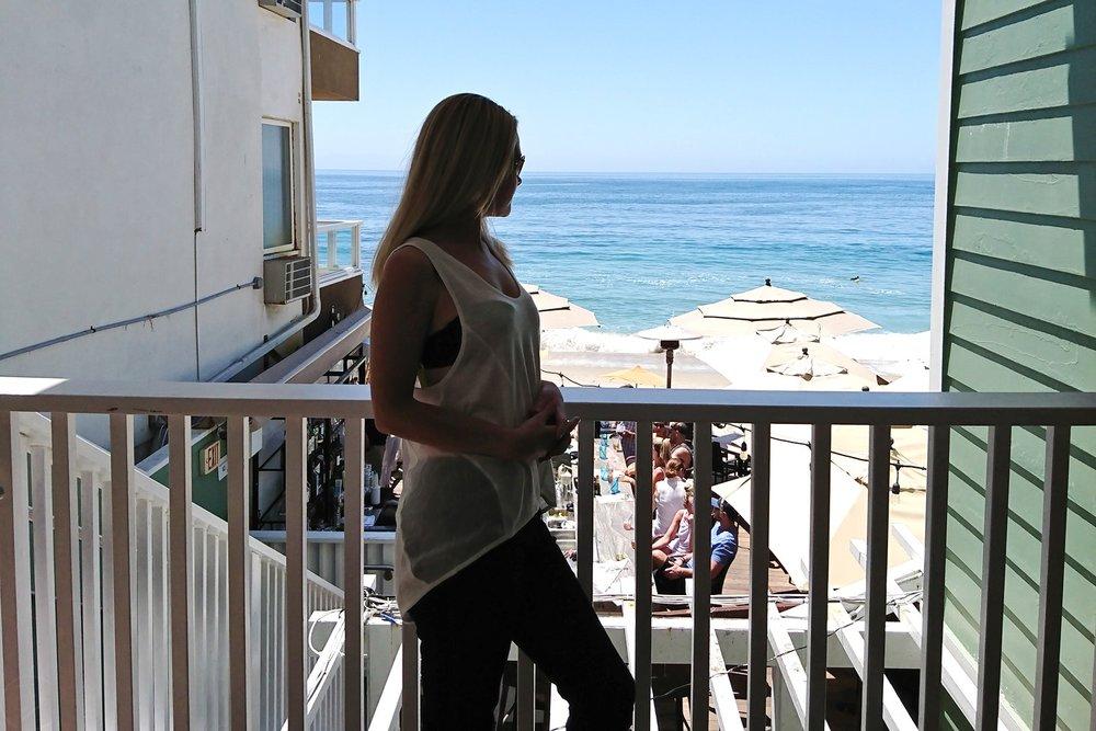 laguna-beach-california-orange-county-the-deck-food-restaurant-character-32-c32-travel-america-usa