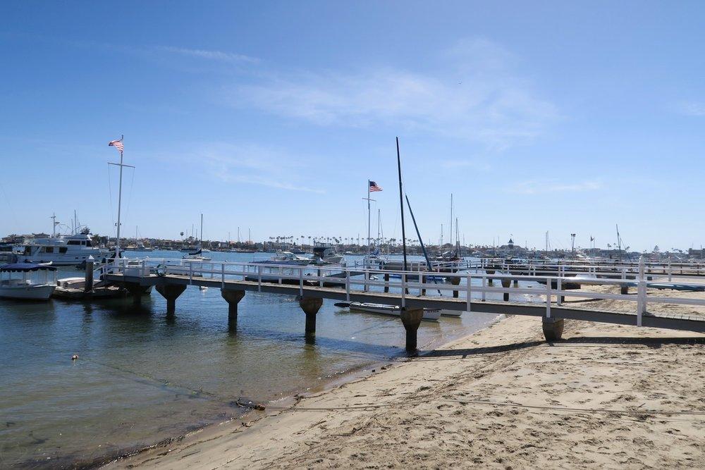 newport-beach-california-orange-county-character-32-c32-travel-america-usa-marina