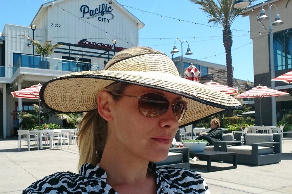 character-32-stress-management-solutions-globetrotter-fashion-lifestyle-travel-huntington-beach-california-orange-county