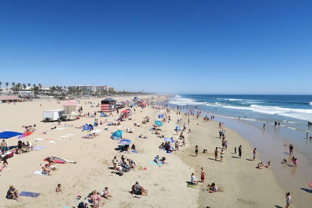 huntington-beach-california-character-32-c32-travel-america-usa-orange-county