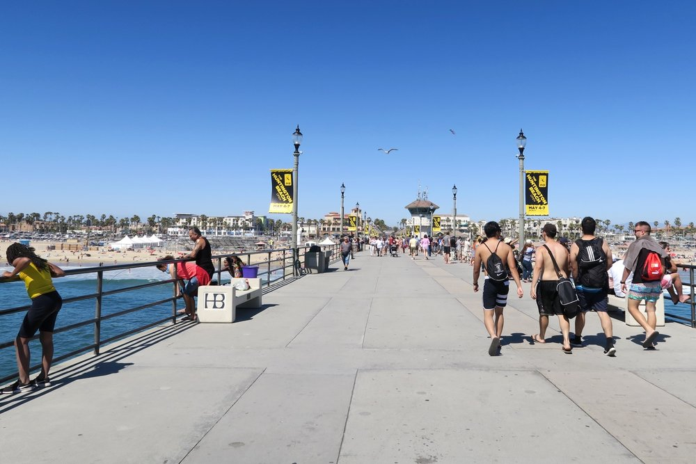 huntington-beach-california-character-32-c32-travel-america-usa-orange-county-hb-pier