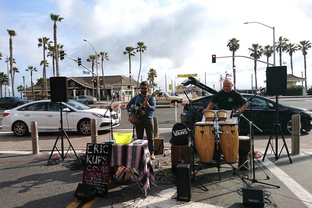 huntington-beach-california-character-32-c32-travel-america-usa-orange-county-markets-music
