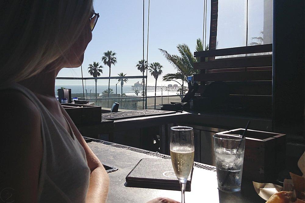 huntington-beach-california-character-32-c32-travel-america-usa-orange-county-ola-mexican-kitchen-pacific-city