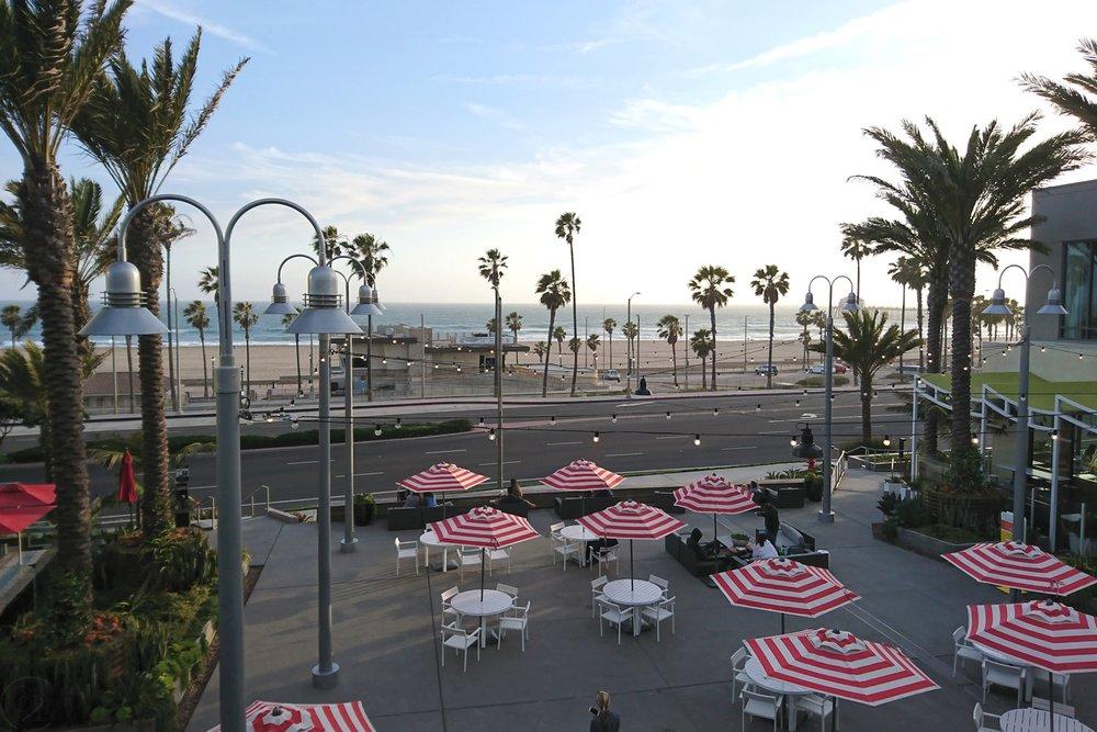 huntington-beach-california-character-32-c32-travel-america-usa-orange-county-pacific-city-view