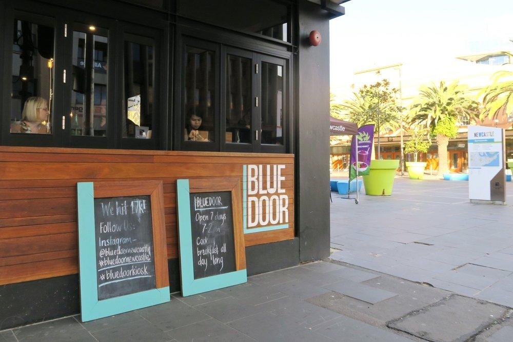 newcastle-nsw-australia-character-32-c32-travel-blue-door