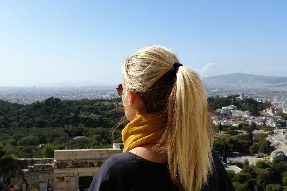 greece-athens-character-32-c32-travel-globetrotter