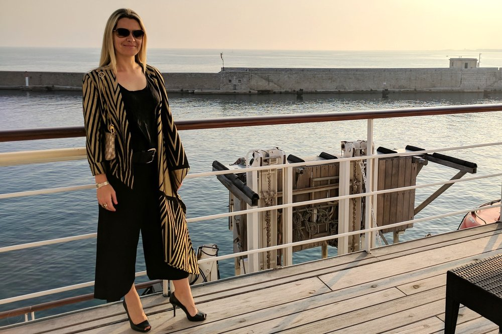 sass-and-bide-black-gold-jacket-character-32-c32-fashion-wind-surf-yacht-french-riviera