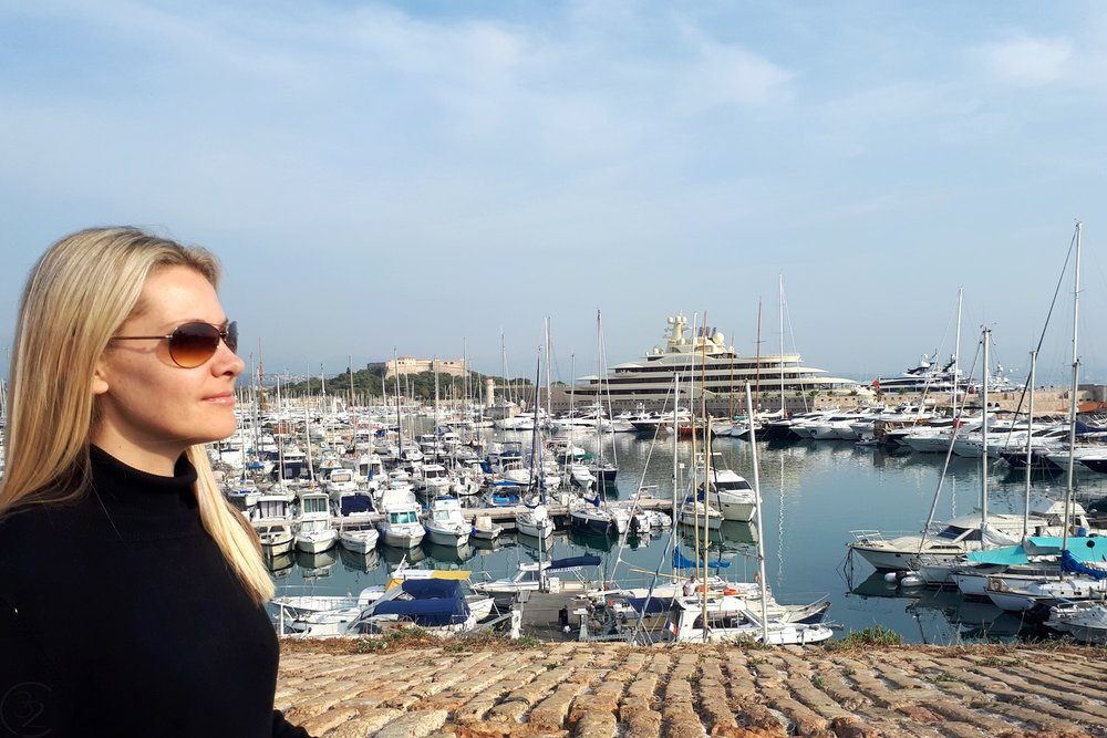 antibes-south-of-france-character-32-c32-french-riviera-travel