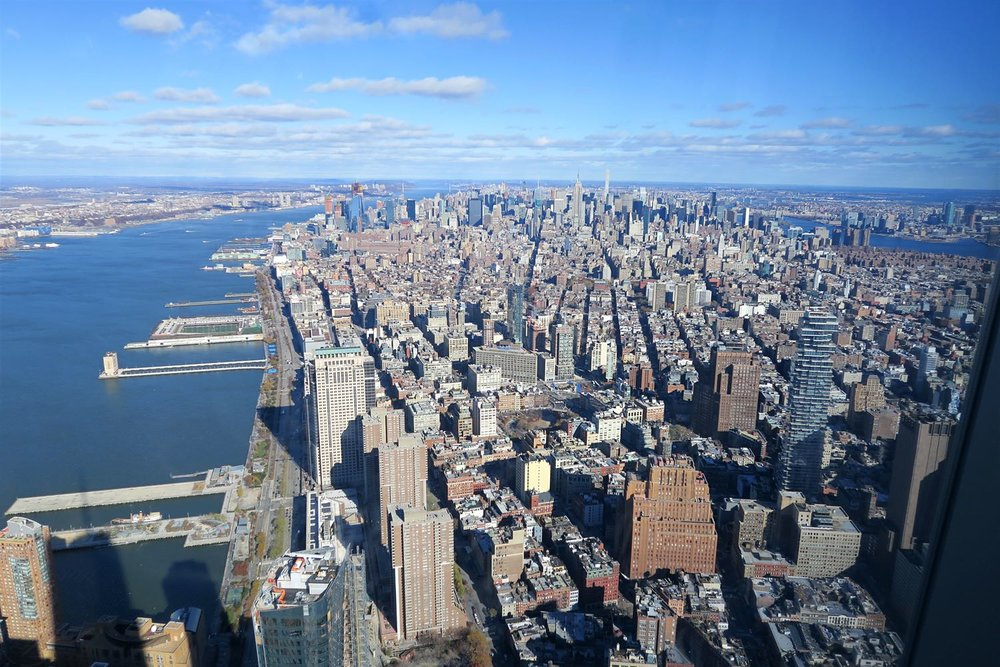 one-world-observatory-wtc-world-trade-center-views-nyc-character-32-c32-new-york-manhattan-travel