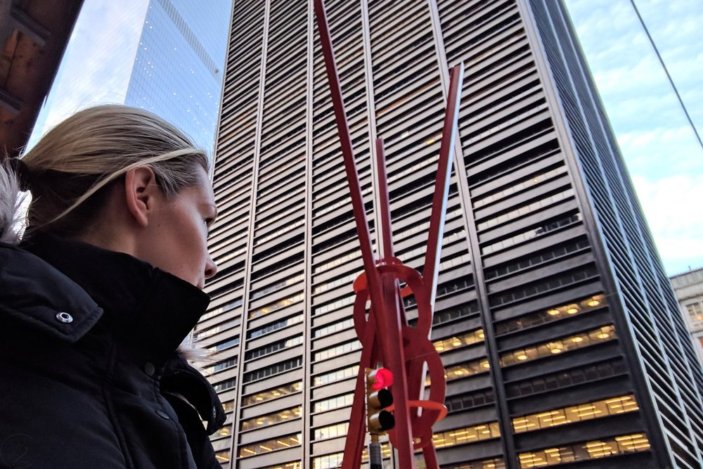 famous-landmarks-tv-shows-movies-nyc-character-32-c32-new-york-manhattan-travel-joie-de-vivre-red-steel-sculpture-liberty-plaza