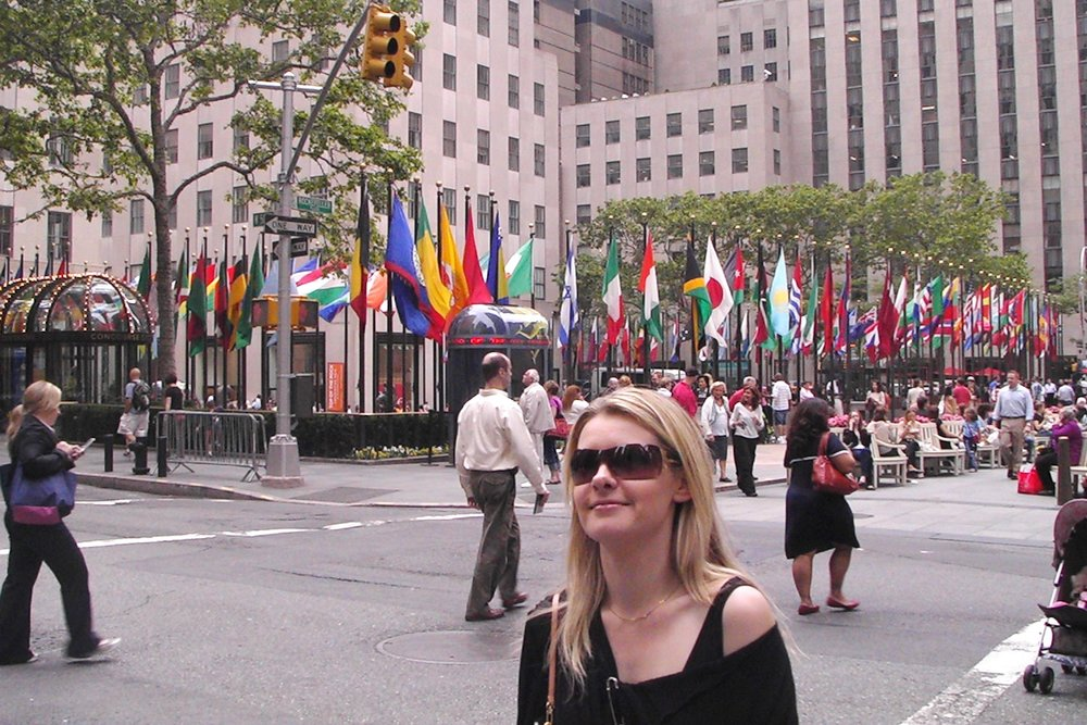 famous-locations-tv-shows-movies-nyc-character-32-c32-new-york-manhattan-travel-rockefeller-center