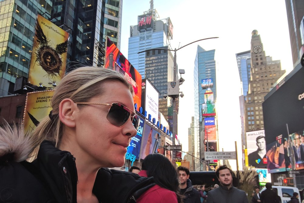 famous-locations-tv-shows-movies-nyc-character-32-c32-new-york-manhattan-travel-times-square