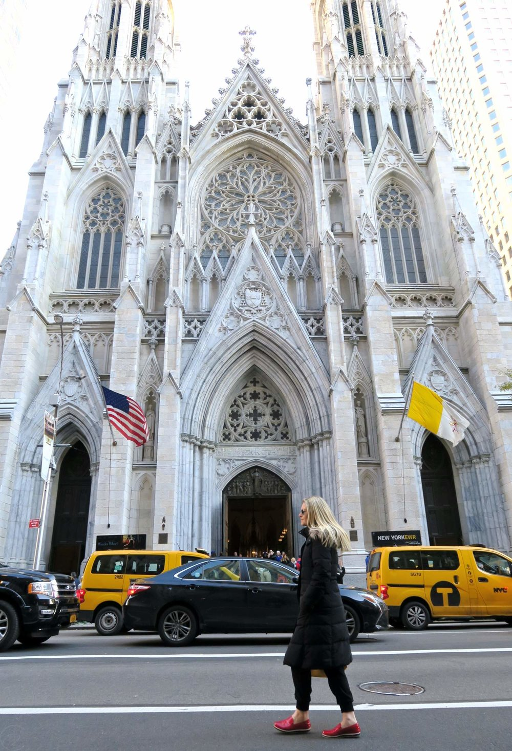 famous-landmarks-tv-shows-movies-nyc-character-32-c32-new-york-manhattan-travel-st-patricks-cathedral