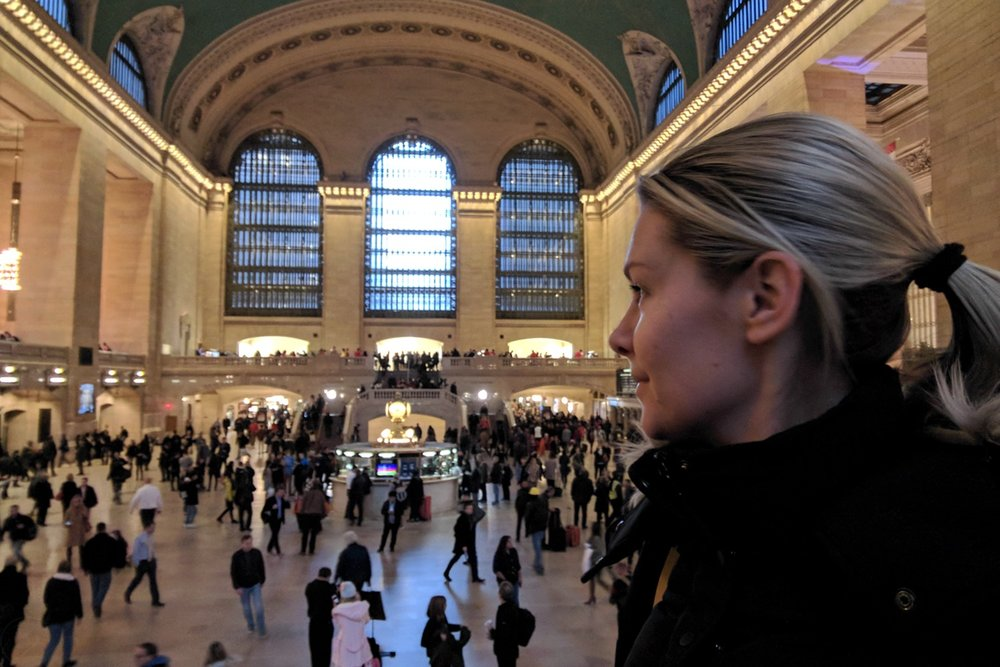 famous-landmarks-tv-shows-movies-nyc-character-32-c32-new-york-manhattan-travel-grand-central-station