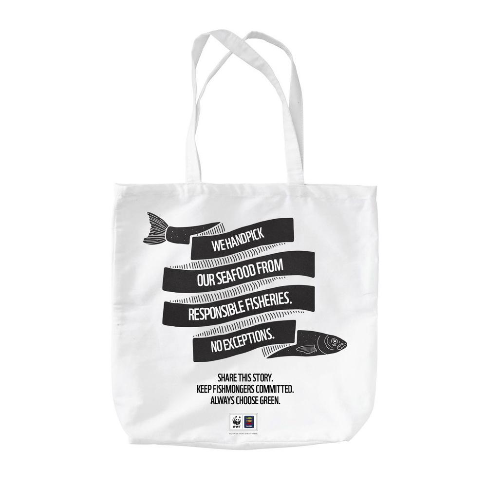 Shopping bag_01_HANDSOTHER SIDE.jpg
