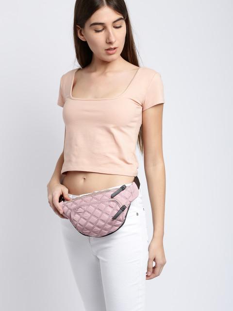 11521111670012-Accessorize-Women-Pink-Small-Capacity-Textured-Waist-Pouch-4941521111669984-6.jpg