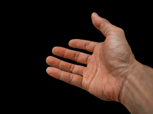 hand-1925875_640.png