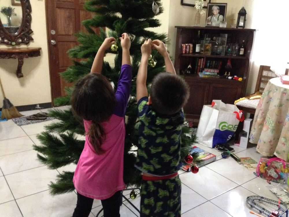 Decorating Lola's tree