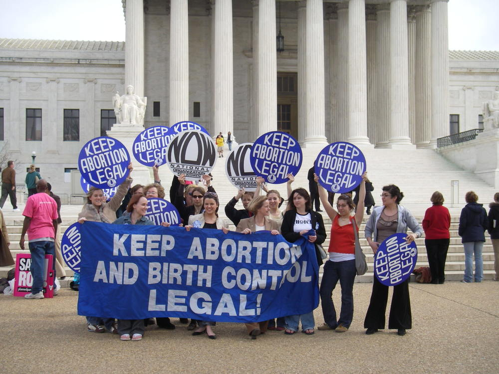 Women protest outside the Supreme Court in favor of abortion rights. (Flickr - vaxciliate)