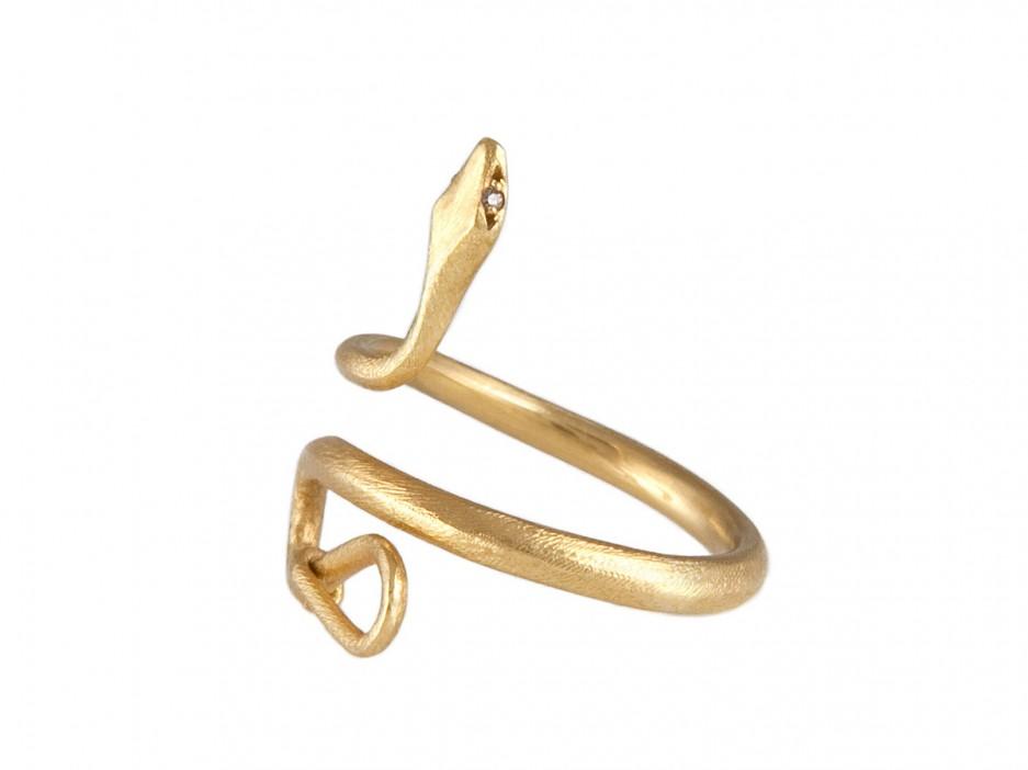 snake-ring-937x702.jpg