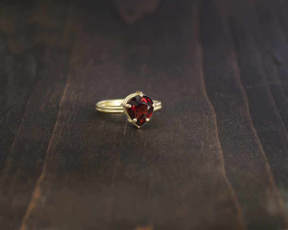 Garnet+Ring+Wood+_7_Full_Adobergb.jpg