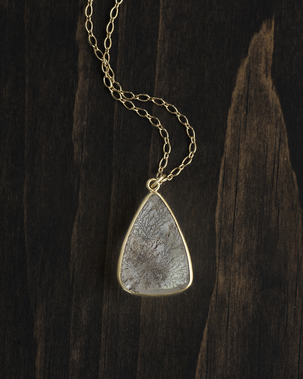 Triangular+Dendritic+Quartz+Pendant+Wood-006_Full_Adobergb.jpg