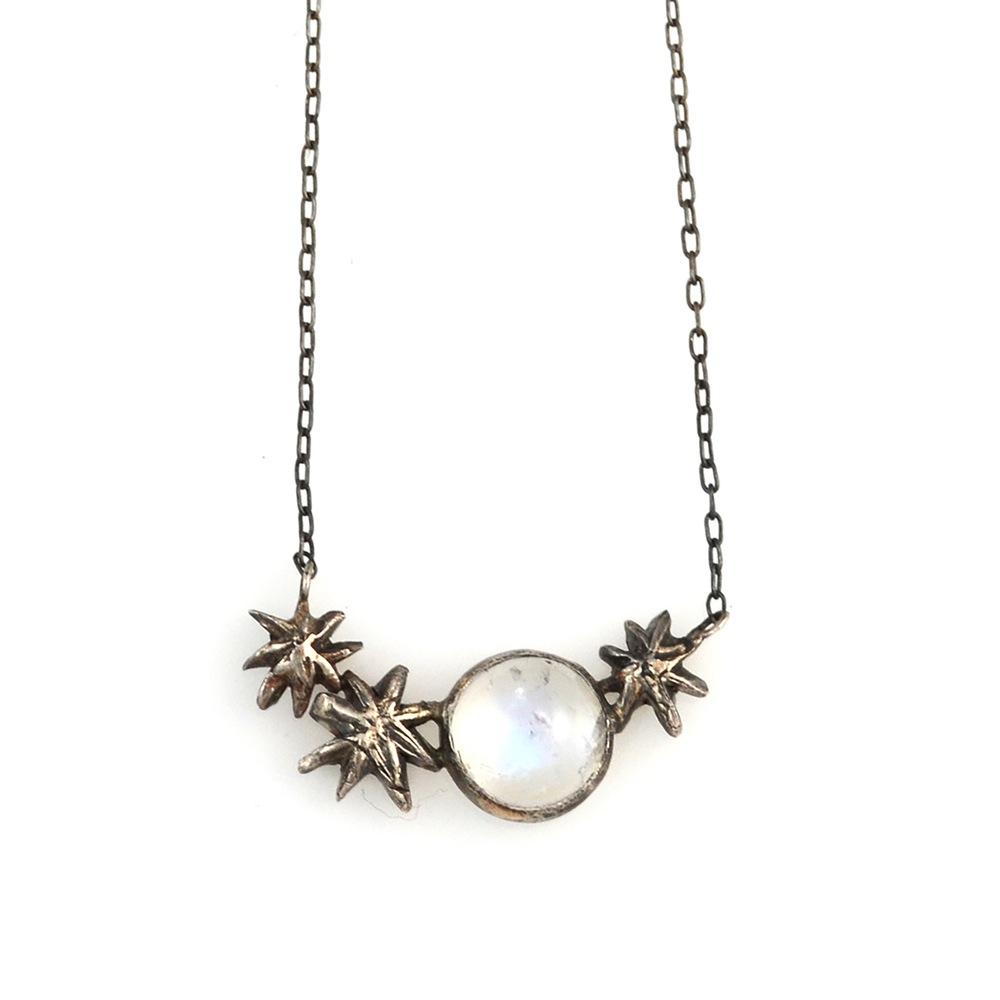 acanthus_Callisto_pendant_silver.jpg