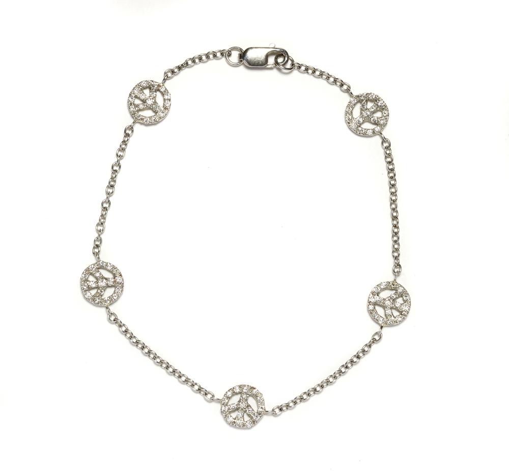 Bracelet_PlatinumPeaceSignsDias.jpg