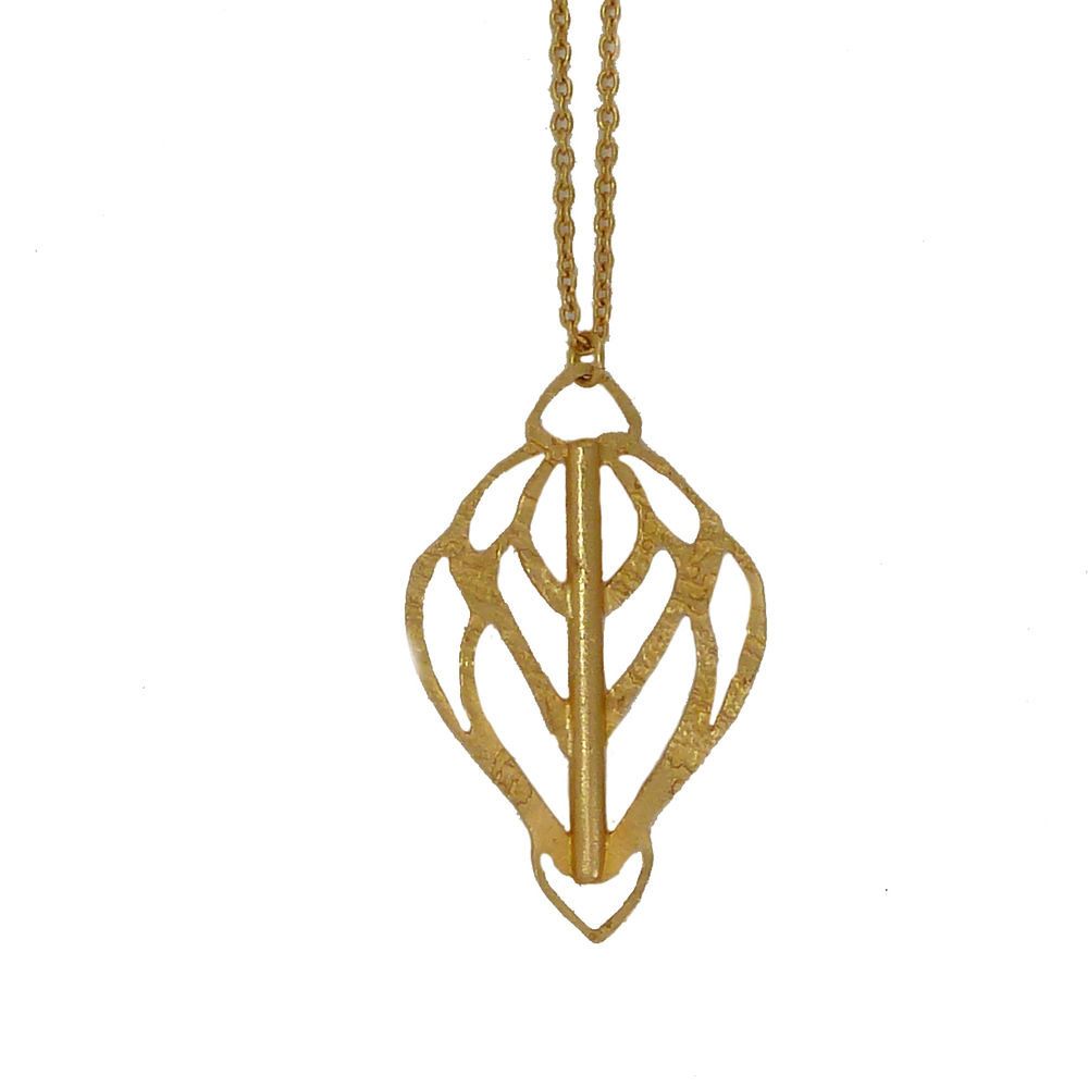 Pointed+Arrow+Cutout+Necklace1.jpg