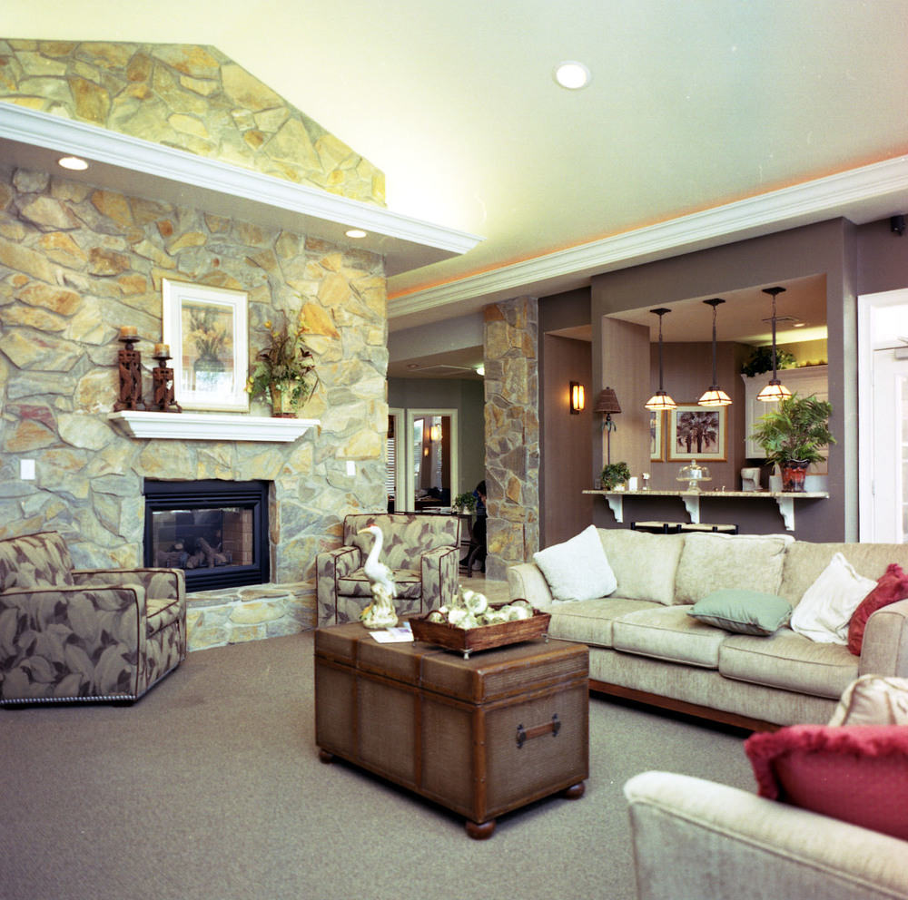 Clubhouse @ Falls Pointe.jpg