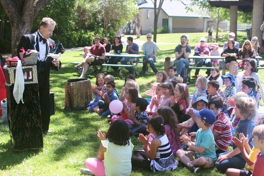 Meet the Magician - Bill Devon is a magician based in Sacramento, California entertaining children and adults for over 50 years.  His performance combines slight of hand, live doves, flashy tricks and audience participation magic.Bill Devon has performed for parties, schools, church events, community functions, fundraisers, county fairs, the state fair and weddings.  He is available for travel beyond Sacramento serving: Elk Grove, Rocklin, Roseville, Folsom, El Dorado Hills and Davis to name a few.