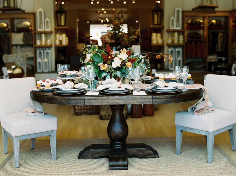 wedding registry tips_pottery barn_thanksgiving tablescape.jpg