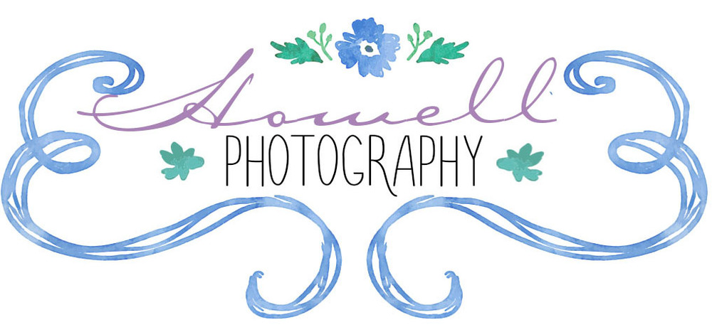 howell photography floral logo