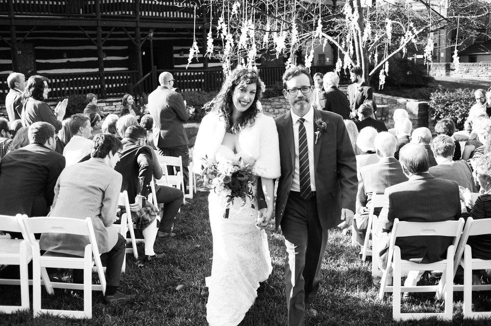 D700-11-06-Wedding-Cara-Thomas_3730.jpg