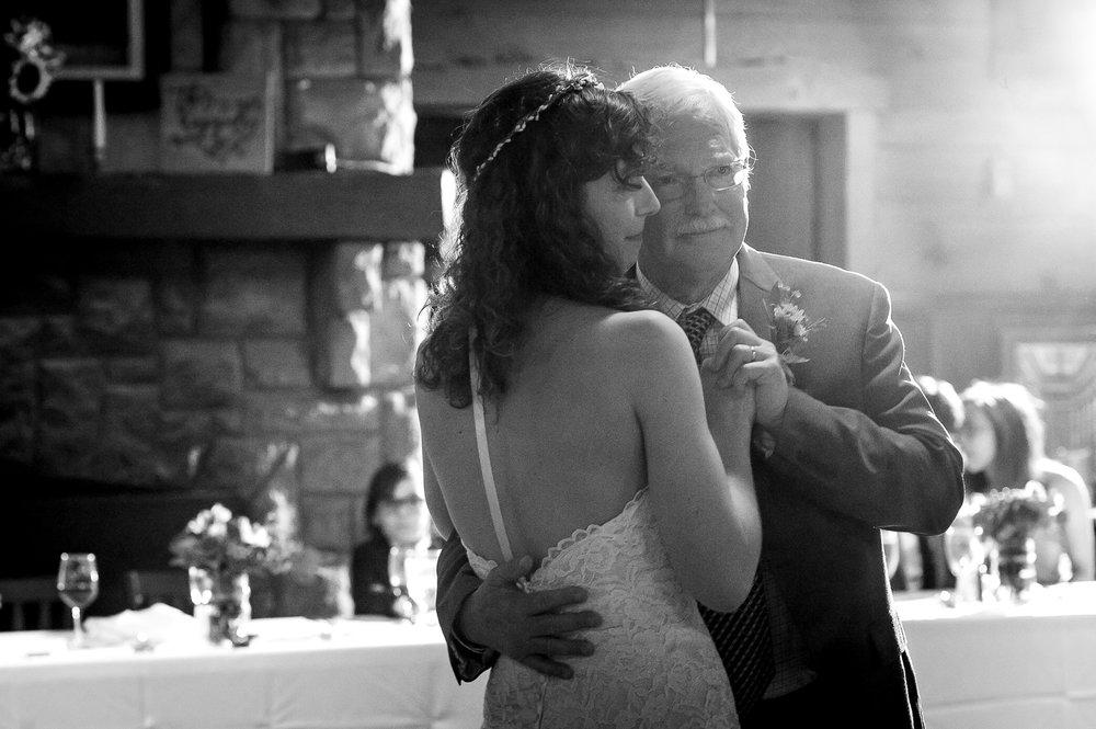 D700-11-06-Wedding-Cara-Thomas_4206.jpg