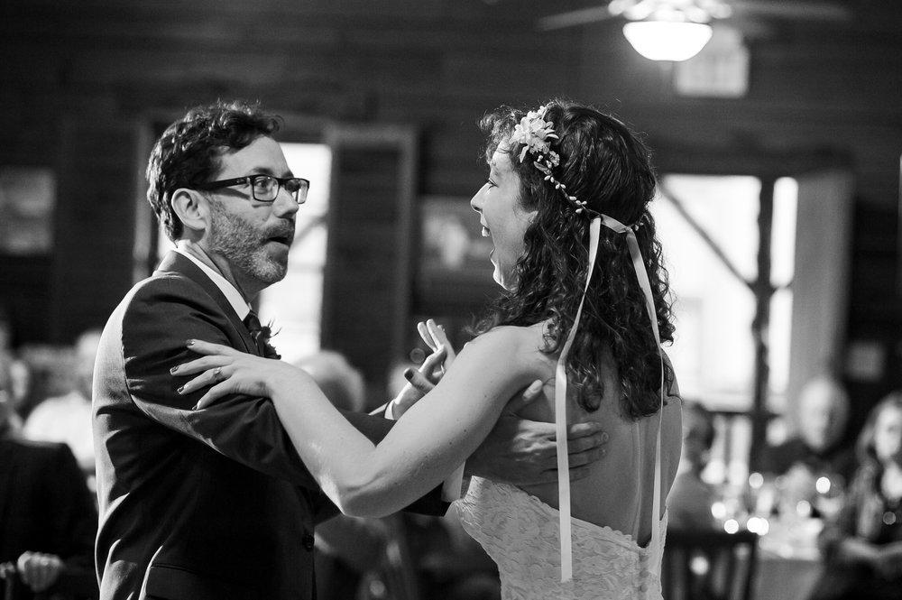 D700-11-06-Wedding-Cara-Thomas_4132.jpg