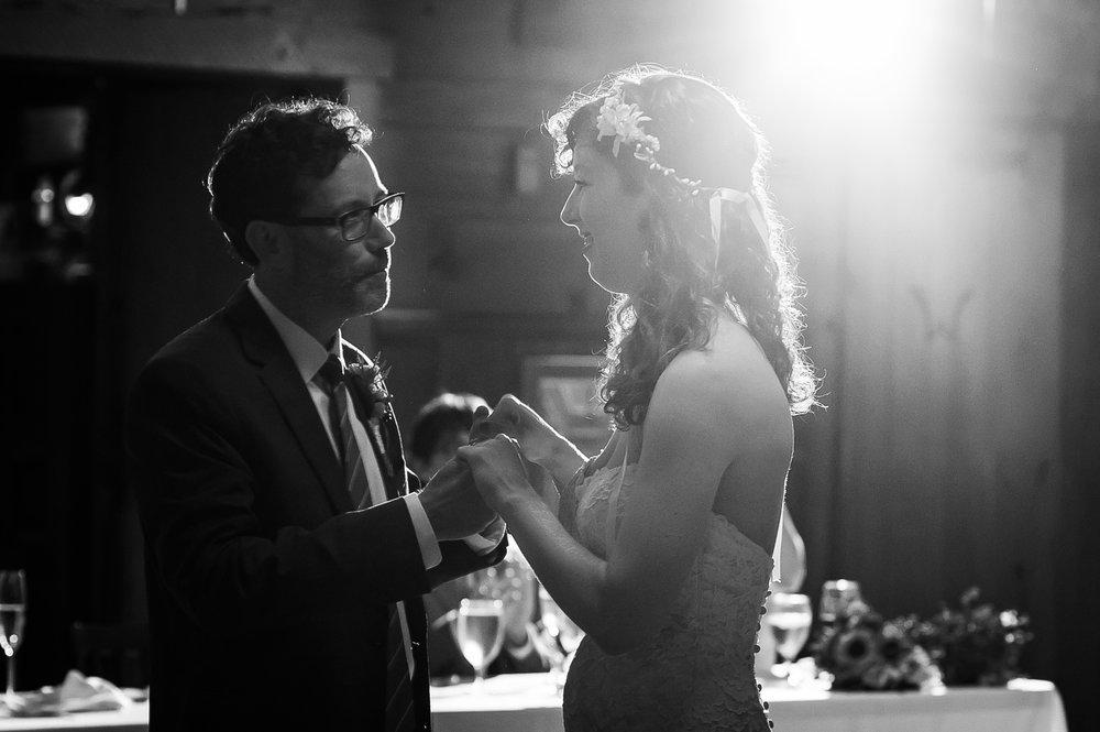 D700-11-06-Wedding-Cara-Thomas_4190.jpg