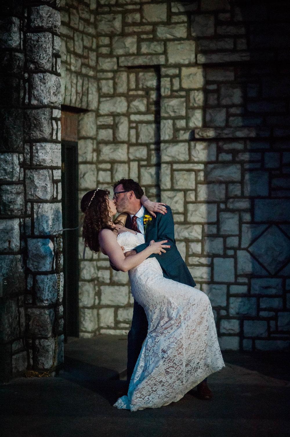 D700-11-06-Wedding-Cara-Thomas_4374.jpg