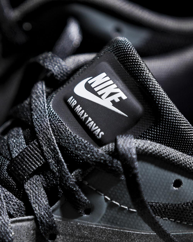 closeup_logo_nike_shoes_tavas_MG_0143.jpg
