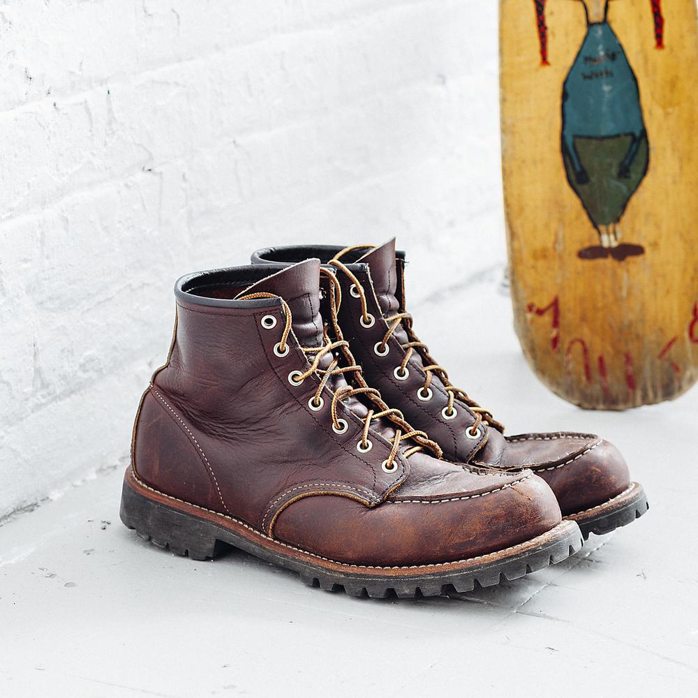 Redwing Boots on floor-007_4x4.jpg