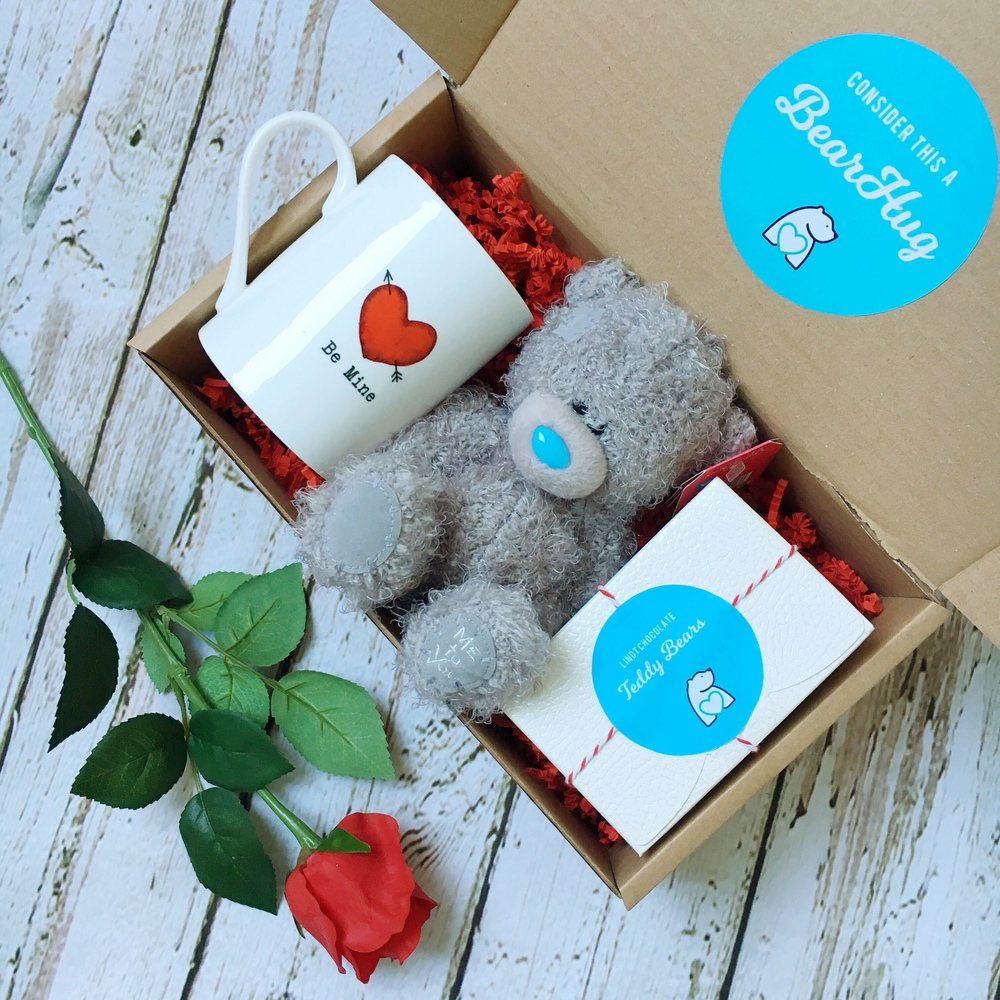 Valentine's Day gift box bearhugs gifts