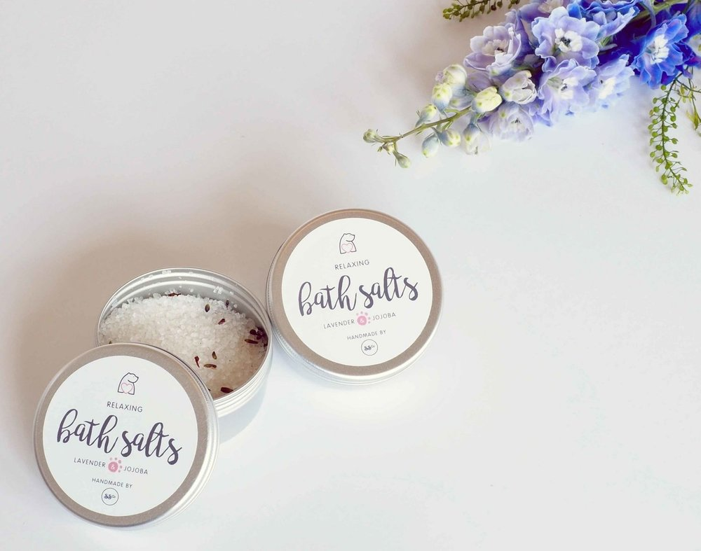 bearhugs+bath+salts+paw+print+branding+hug+in+a+box+gift.jpg